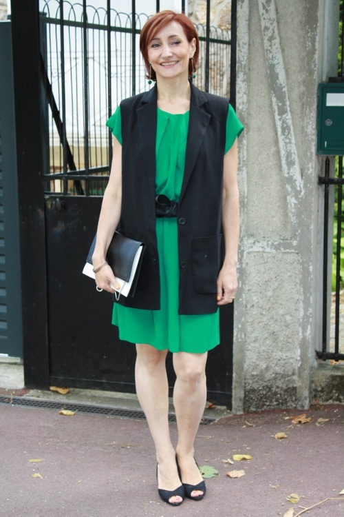 robe verte_gilet noir2