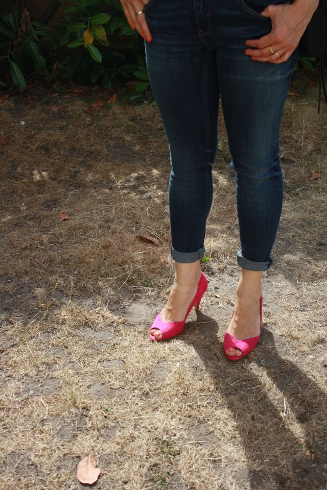 fuschia shoes