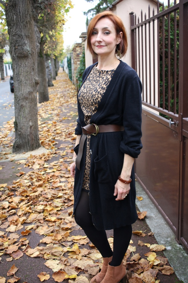 robe_tricot_leopard_gilet_long